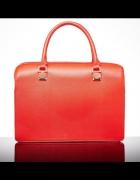 Czerwona torebka Mohito...
