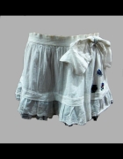 Biała wiosenno letnia spódnica Desigual