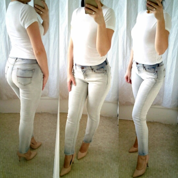 Codzienne Distressed jeans and cropped top