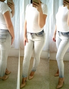 Distressed jeans and cropped top