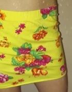 Żółta spódniczka mini w kwiatki roz 36...