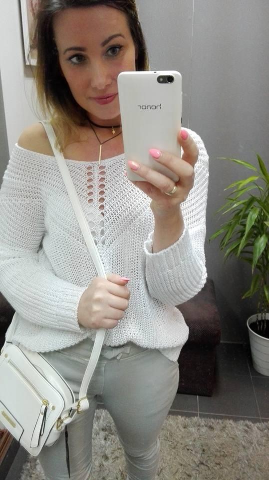 Codzienne Sweterek ze srebrną nitka