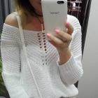 Sweterek ze srebrną nitka