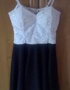 Śliczna sukienka s