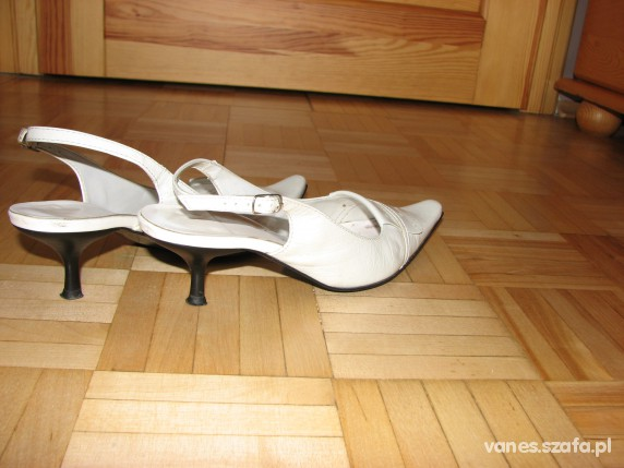 Sandały białe letnie buty