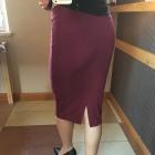 Burgundowa ołówkowa spódnica