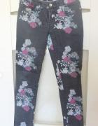 Spodnie SUperdry rozmiar 28
