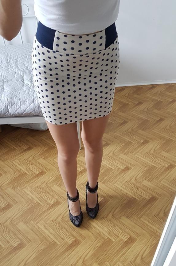 Spódnice STRADIVARIUS mini grochy