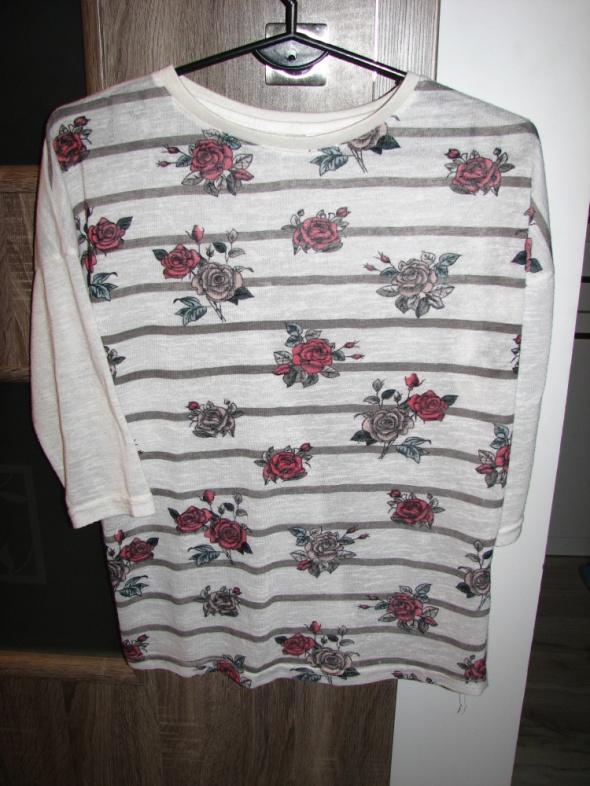 Bluzki Biała bluzka w kwiaty