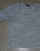 Sweterek paski z błyszczącą nitką