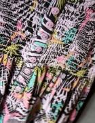 Letnia kolorowa sukienka