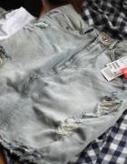 Jeansowa ołówkowa spódnica z przetarciami...