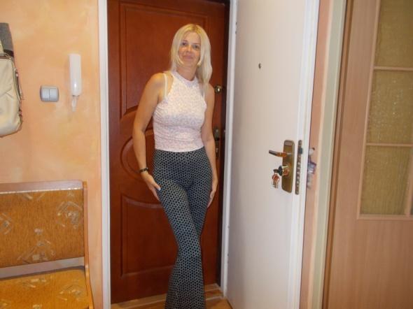 Spodnie Gina Tricot spodnie