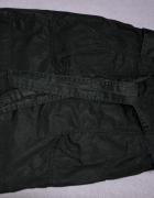 czarna woskowana spodnica
