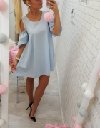 baby blue rozkloszowana sukieneczka plecy wiązane