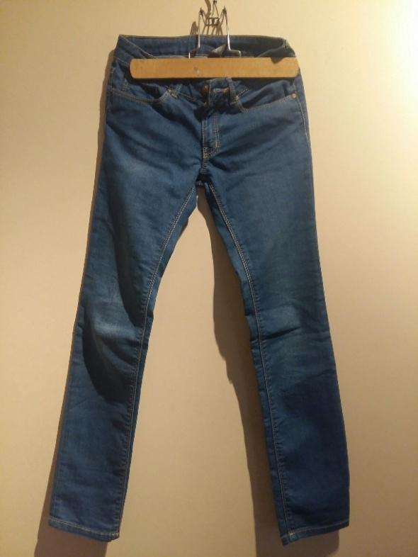 Spodnie i spodenki Spodnie Zara dla dziewczynki rozmiar 140