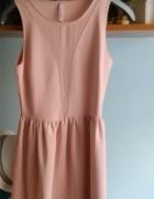 łososiowa sukienka Stradivarius