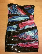 Piękna Sukienka Z Cekinami