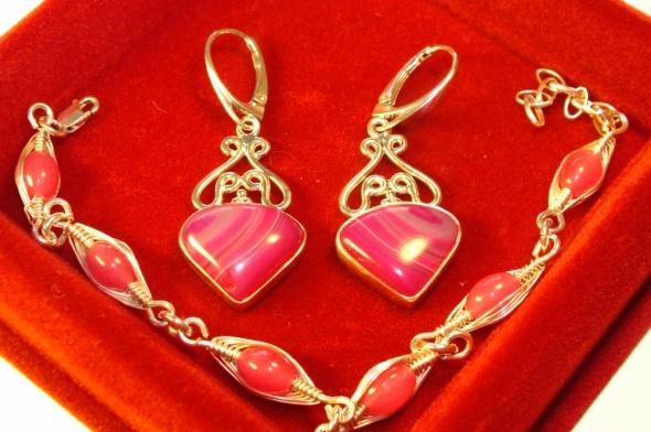 Kolczyki cudne kolczyki z różowym agatem Apart część kompl