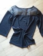 Czarny sweterek z siateczka