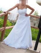 Śnieznobiała suknia koronka cyrkonie gratisy