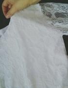 Piękna biała rozkloszowa Sukieneczka