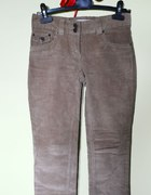 Spodnie ze sztruksu Terranova karmelowe