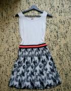 Sukienka F&F 36 s plisy