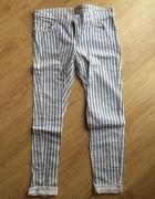 Spodnie w paski rozmiar M