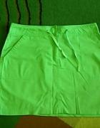 Jasno zielona spódniczka na lato