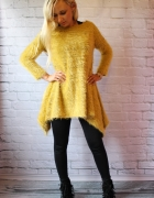 Piękny sweterek kanarkowy zółty