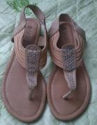 brązowe sandalki