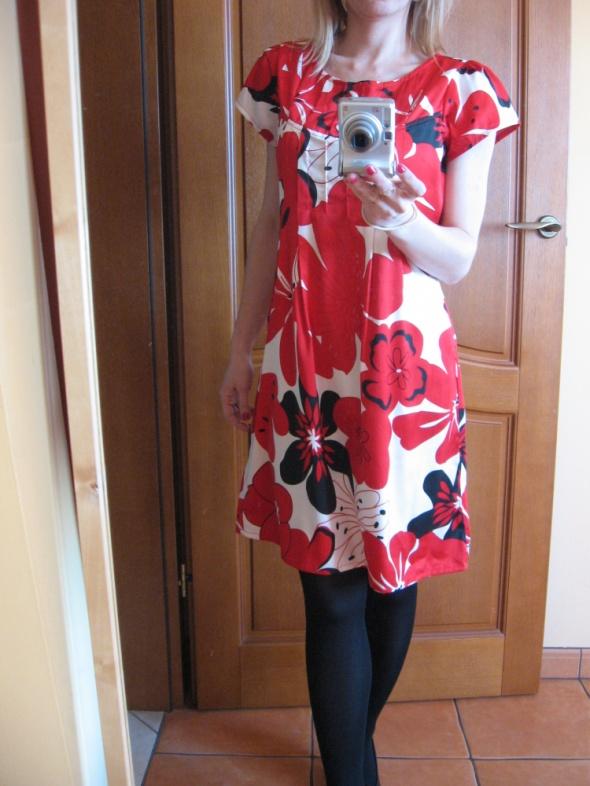 Suknie i sukienki Sukienka suknia Vila 34 xs w kwiaty