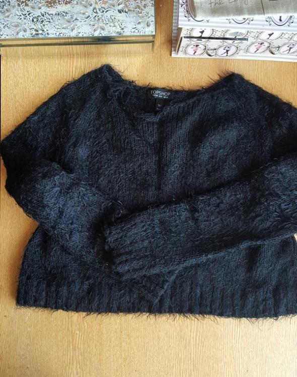 Swetry Sweterek kudłaty Crop Top firmy Top Shop