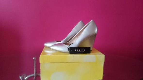 Koturny Nowe buty firmy MOHITO