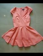 Różowa rozkloszowana sukienka topshop