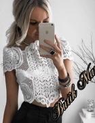 Biała bluzeczka haftowana koronka hit gwiazd