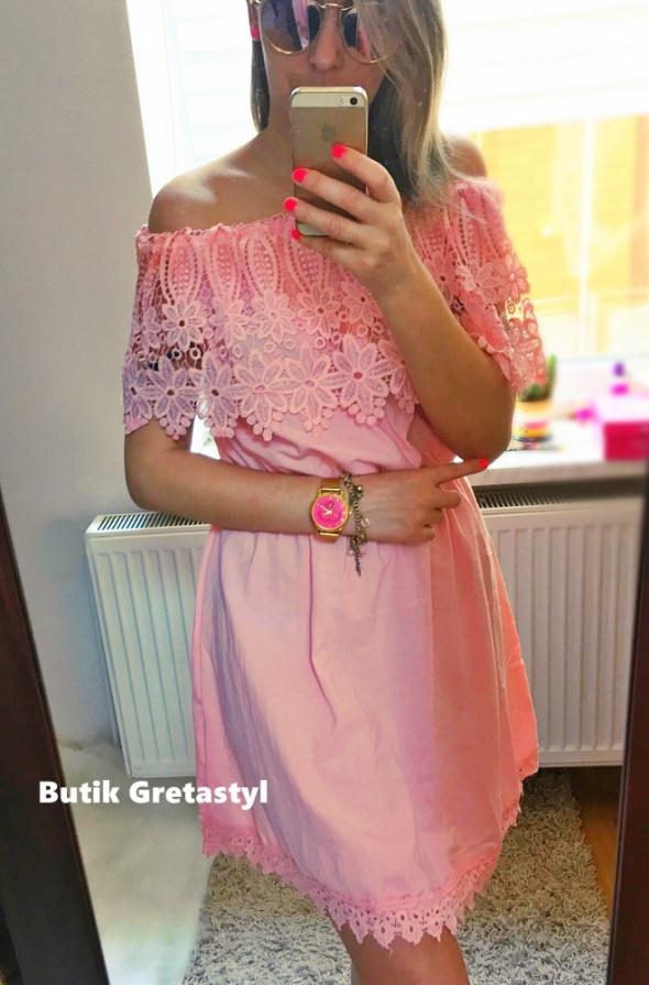 Romantyczne Rose Gipura