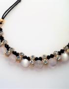 Elegancki naszyjnik z perłami i diamencikami