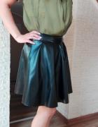 czarna spódnica z koła