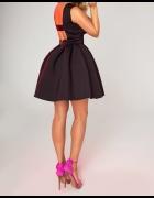 Czarna klasyczna sukienka z gąbki...