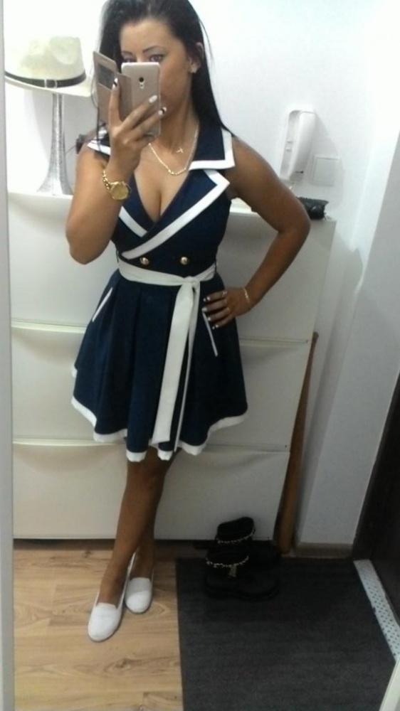 poszukuje sukienke marynarska club donna...