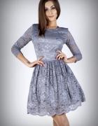 JOKASTYL Śliczna szara sukienka koronkowa XS 34