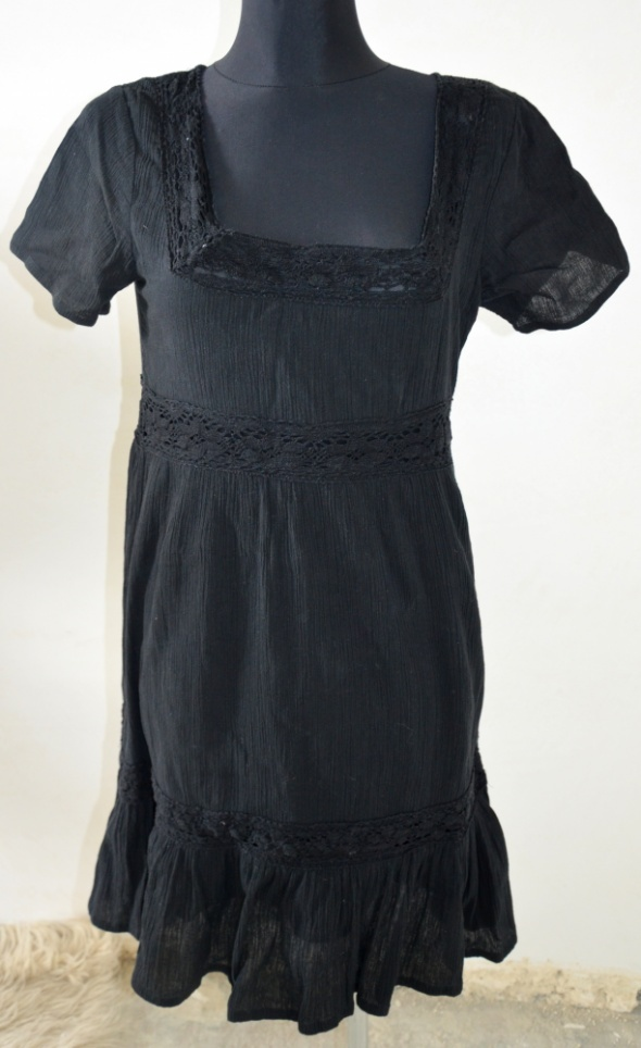 Boho Czarna sukienka CUBUS...