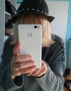 Mały czarny kapelusz...