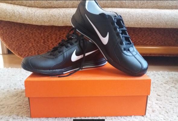 Sportowe Nike Circuit Trainer II r 40 męskie