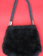 Mini torebka włochata fluffy futerko soft grunge