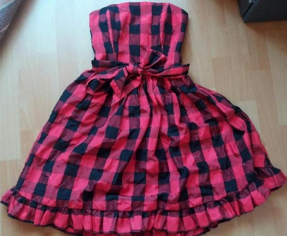 Suknie i sukienki Sukienka rozkloszowana w kratkę r S