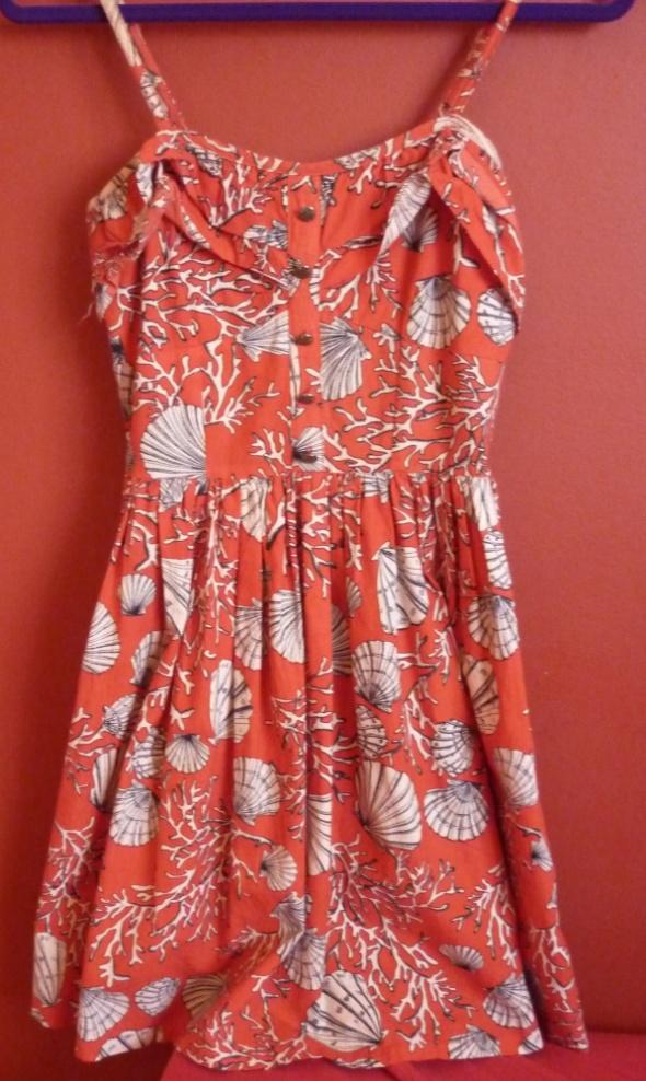 Suknie i sukienki Czerwona biała sukienka rozkloszowana muszle lato