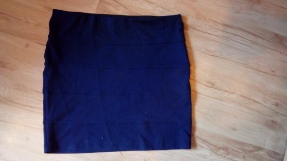 Spódnice klasyczna bandage cubus granat 40 42 38
